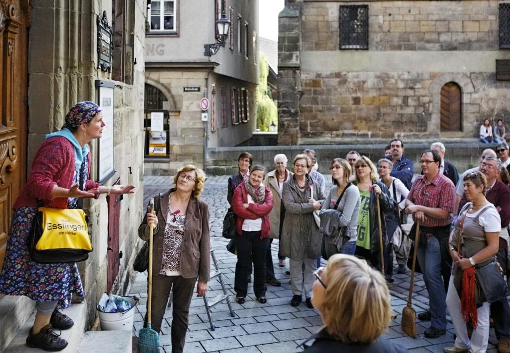 Erna Original haut auf den Putz Stadtputzfrau Esslingen