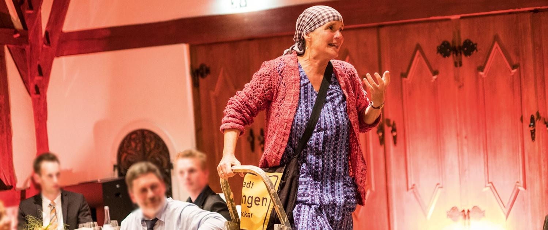 Erna fegt durch Ihre Veranstaltung. Kabarett Sondervorstellung in Esslingen und Umgebung